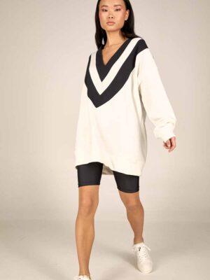 Oversized sweatshirt S21-21627A Biker shorts S21-21307M - Dolce Domenica