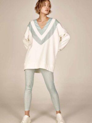 Oversized sweatshirt S21-21627L Leggins S21-21308 - Dolce Domenica